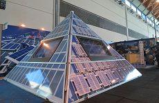 Piramide a pannelli solari
